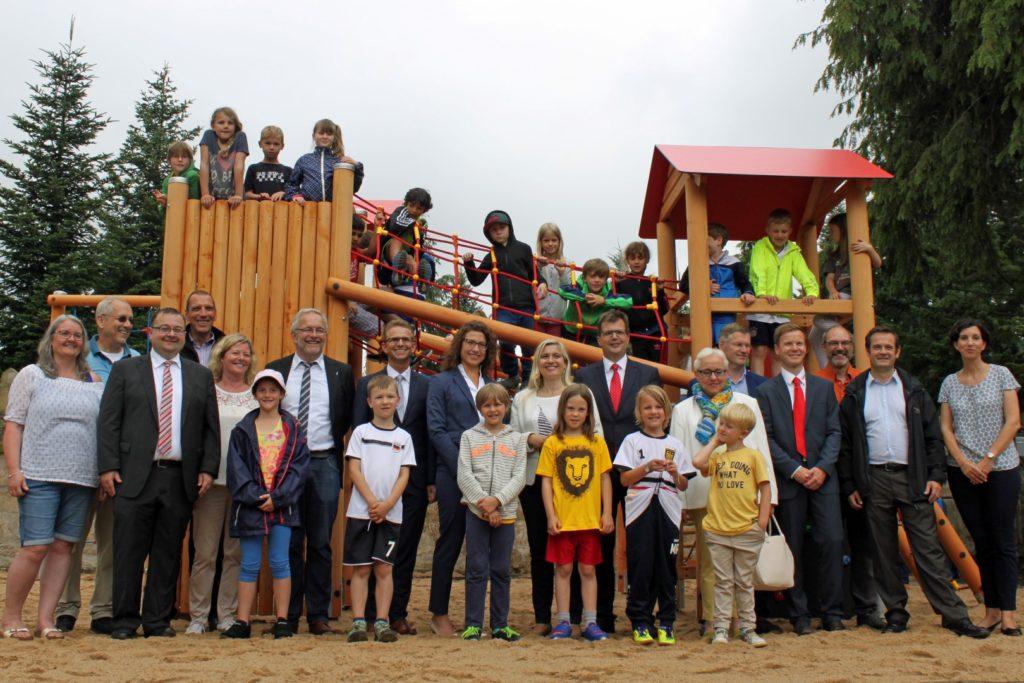 Eröffnung Klettergerüst Spende bayernhafen Bamberg