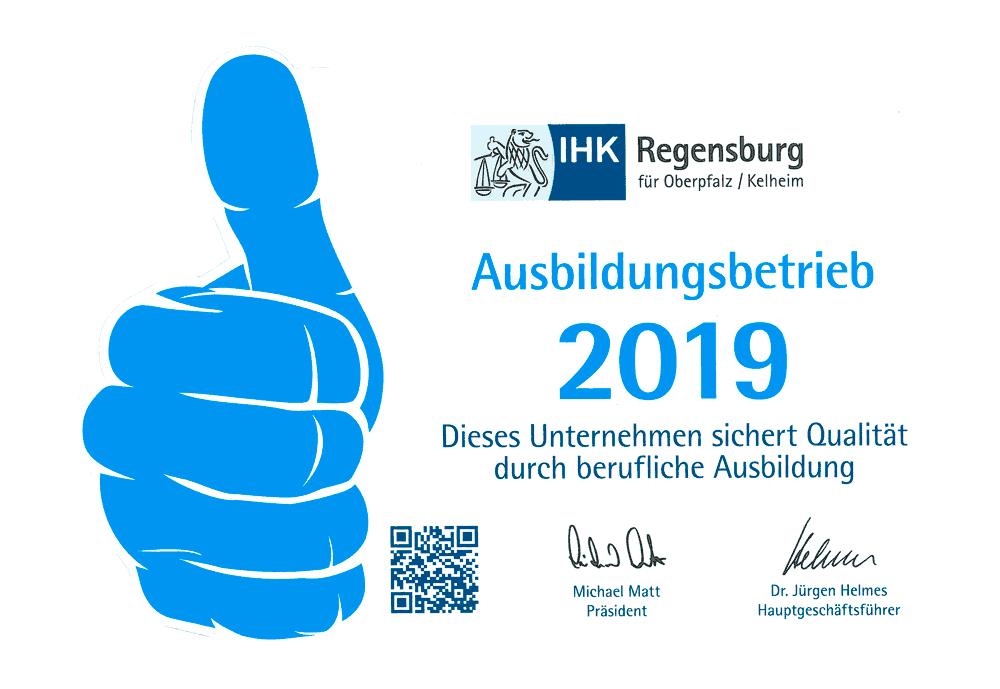 Logo IHK Regensburg Ausbildungsbetrieb 2019