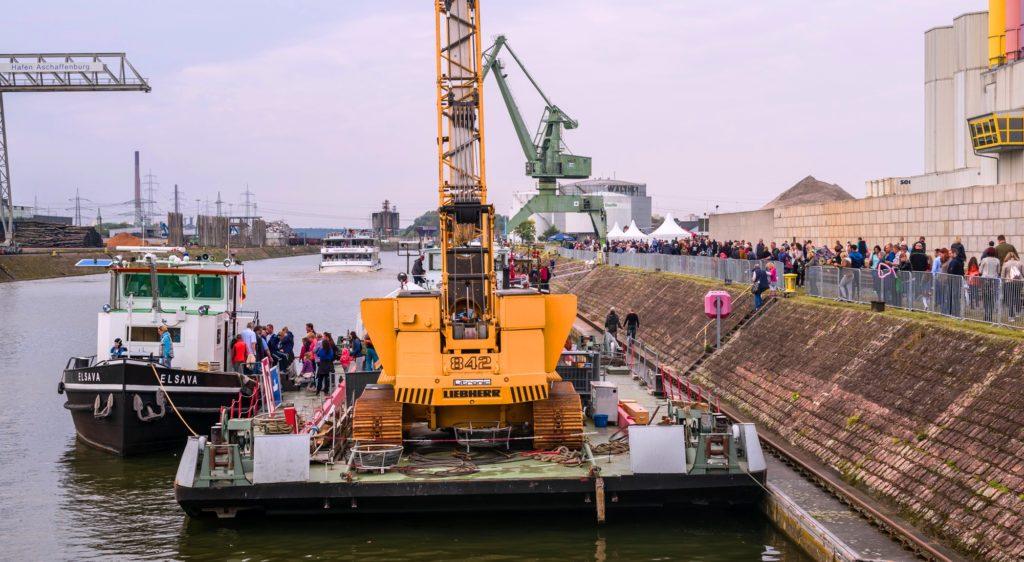 Blick ins Hafenbecken - Hafenfest 2017 - bayernhafen Aschaffenburg