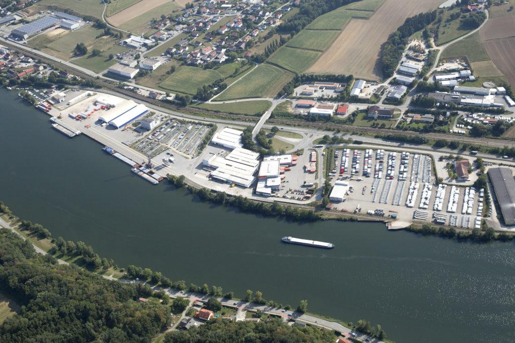 Luftbild bayernhafen Passau-Schalding. Quelle: Herbert Stolz