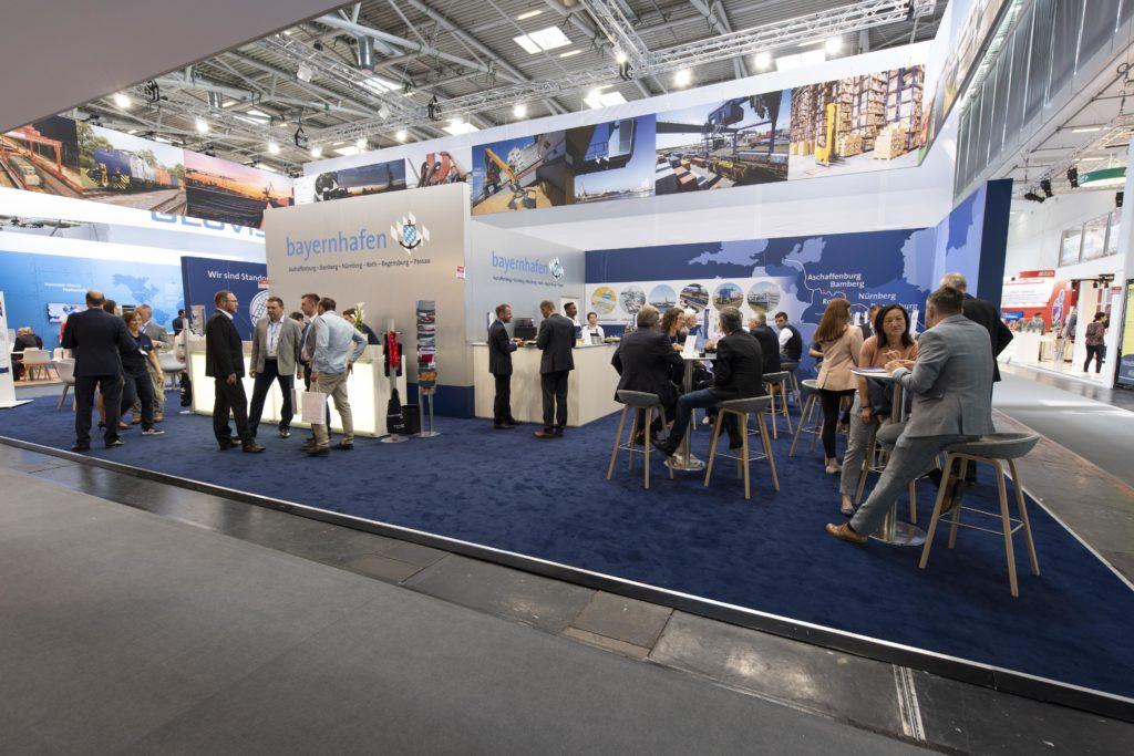 Gesamtansicht des Messestands von bayernhafen transport logistic 2019