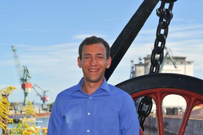 Andreas Plank: ehemaliger Trainee der bayernhafen Gruppe und seit 2017 Assistent der Geschäftsleitung