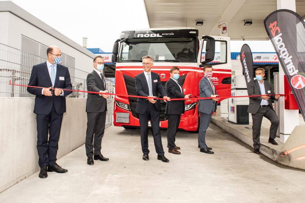 Foto Eröffnung LNG Tankstelle