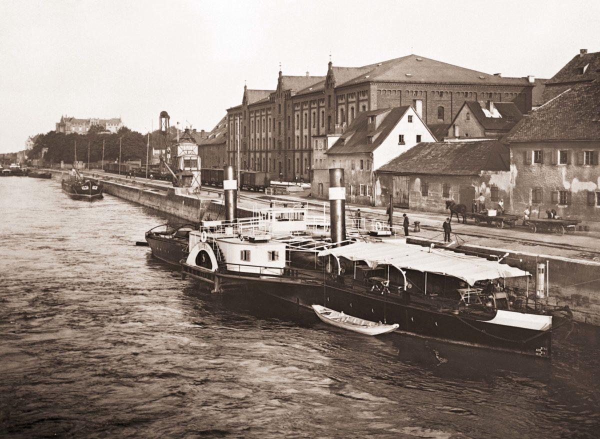 bayernhafen Regensburg historische Aufnahme