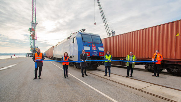 Lok TFG Containerzug Eröffnung bayernhafen Passau