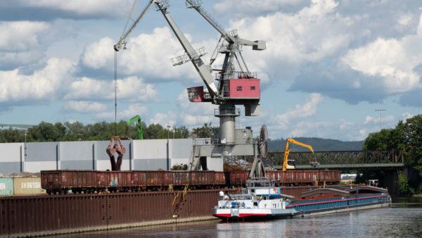 bayernhafen Regensburg Westhafen
